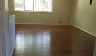floor.jpg, 8716 CLYDESDALE RD