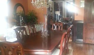 Dining Room.jpg, 531 East King Street