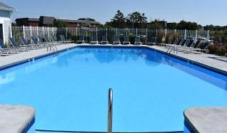 Pool, Northgate Apartment Homes