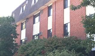 Rockingham Village Apartments, Newburyport, MA