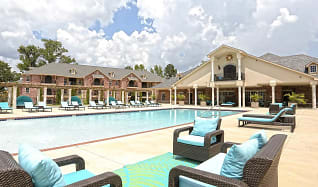 Pool, Fountaine Bleau West