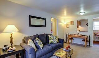 Living Room, Cloverleaf Village