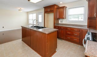 Kitchen, 610 Peaceful Dr