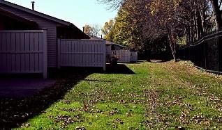 Recreation Area, Auburn Townhomes