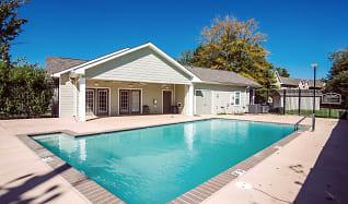 Pool, Willow Park I & II
