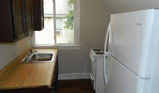 Kitchen, 1311 E 9th St Apt 3