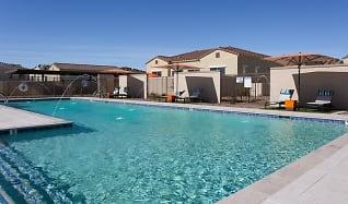 Pool, Avilla Meadows