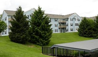 Building, Hunter's Ridge