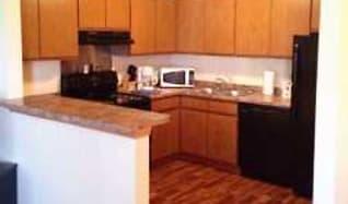 Kitchen, Twin Oaks Townhomes
