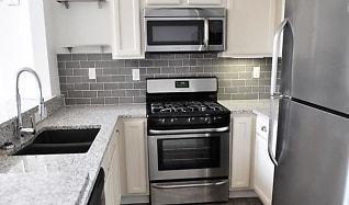 Kitchen, Bass Loft Apartments