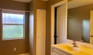Bathroom, 2477 Jasmine Way