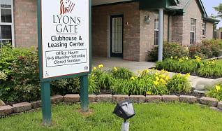 Leasing Office, Lyons Gate