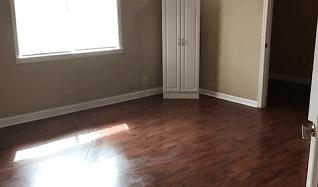 Living Room, 812 West Sale Road