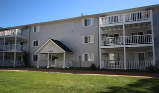 Building, Lake Pointe Apartments
