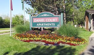 Building, Daniel Court Apartments