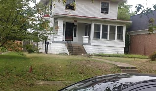 Outstanding Houses For Rent In Cloverleaf Louisville Ky 65 Rentals Home Interior And Landscaping Transignezvosmurscom