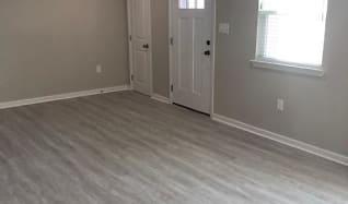 Living Room.jpg, 109 Portage Place