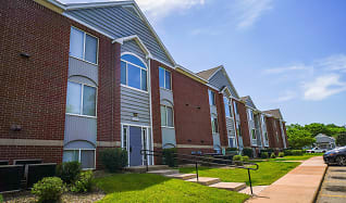 Building, Foxwood Apartments & The Hermitage Townhomes