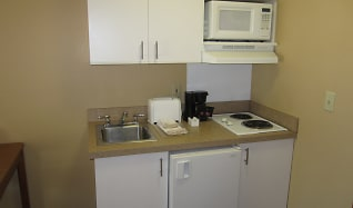 Kitchen, Furnished Studio - Los Angeles - South