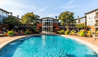 Pool, Marquis on Gaston