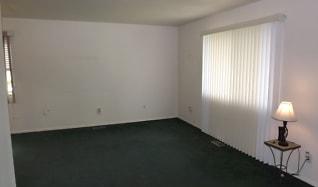 Living Room, 4731 Stratsburg Drive