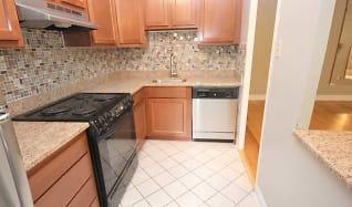 Kitchen, Shadyside Apartments