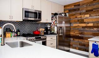 Kitchen, 3607 Clawson Rd