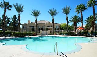 Pool, La Villa Estates