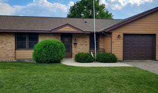 350 22nd St SE Apt 102, New Richland, MN