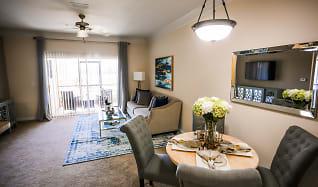 Dining Room, Aluna Largo