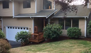 frontofhouse.JPG, 9625 NE 141st Place