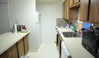 Kitchen, 262 S Alder St