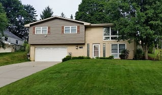 210 Stonebrook Dr, South Strabane, PA