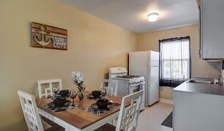 Dining Room, Sandpiper Cove Apartments