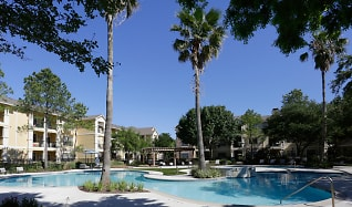 Pool, The Columns at Westchase