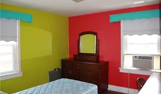 Bedroom, 3016 Grayson Ave