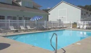 Pool, Rose Lawn Apartments