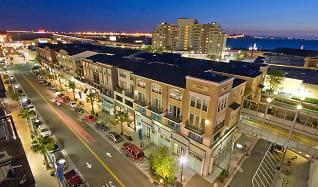 AVE Emeryville at Bay Street, West Berkeley, Berkeley, CA