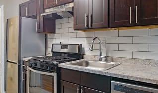 Kitchen, Woodlands at Belleview