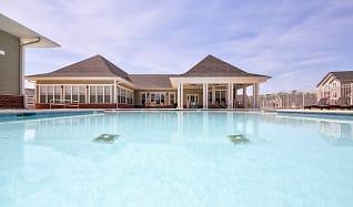 Pool, Ballantyne Commons