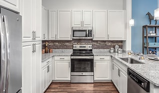 Kitchen, 2700 Charlotte Ave Apartments