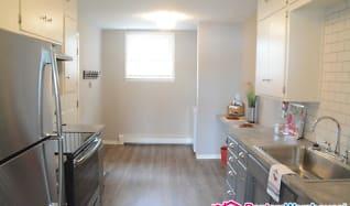 Kitchen, 32 E Lake St Apt 4