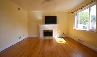 Living Room, 5816 Brunswick St