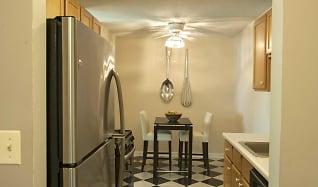 Kitchen, Briarwood Terrace