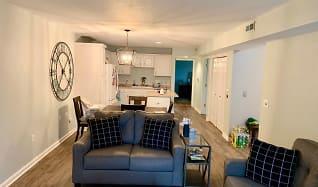 Living Room, N17W26820 Conservancy Dr Unit C