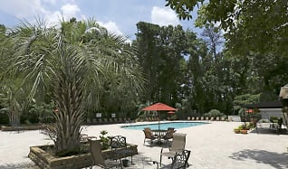 Pool, Granby Oaks