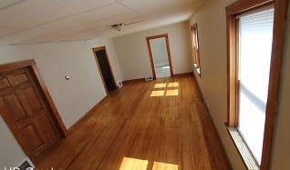 2922 Oak St., Papillion, NE