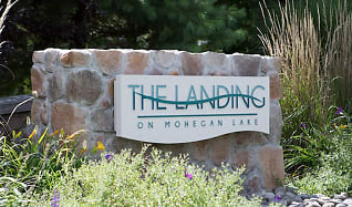 Entry to The Landing on Mohegan Lake by GDC, The Landing on Mohegan Lake