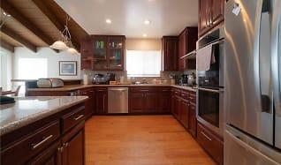 Kitchen, 3330 Maricopa Dr