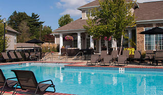 Pool, Waterford Landing Apartments